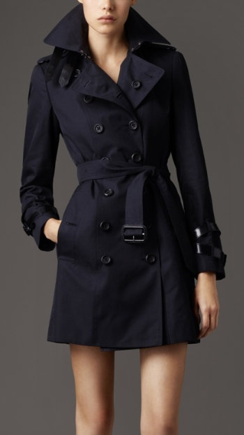 Navy trench coat. I can think of so many things to wear this with. #Burberry