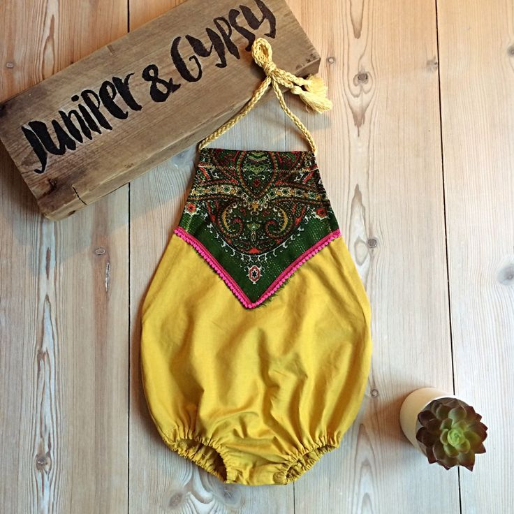 A personal favourite from my Etsy shop https://www.etsy.com/dk-en/listing/279098652/yellow-vintage-detail-romper-baby-boho