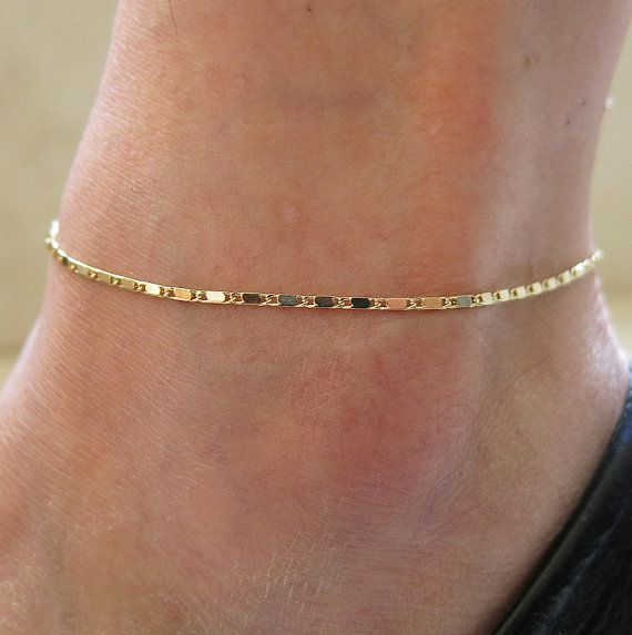 délicat bracelet de cheville bracelet chaîne en or par sohocraft, $9.99