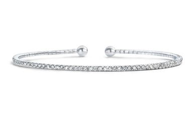 Messika launches skinny. LOVE this bracelet.