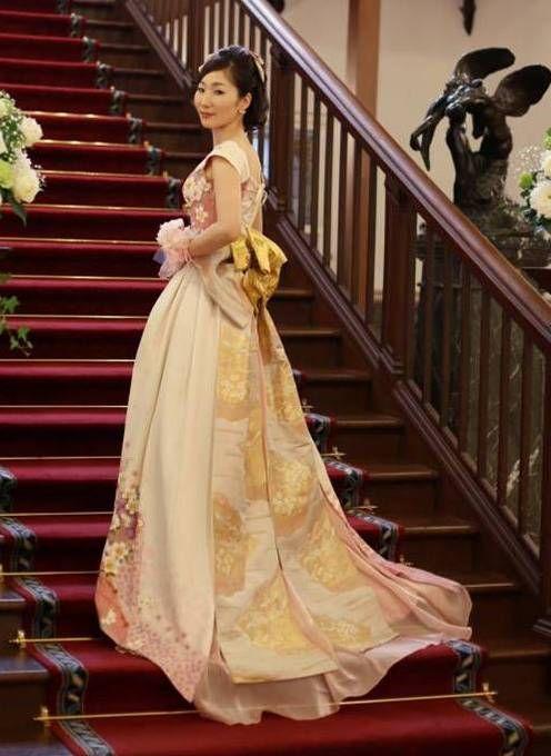 Kimono dress (wedding) | kimono remake that can be in Tokyo! Wedding order dress | Aoyama MOMO