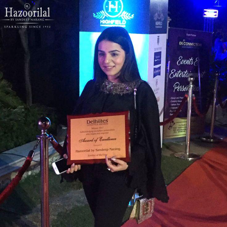 Tanya Narang generation next #HazoorilalBySandeepNarang receives the award for Best Jeweller of the year. #Hazoorilal #ProudMoment #BestJewellerAward #DelhitesLifestyleAwards #TanyaNarang #ItcMaurya #DlfEmporio #HazoorilalJewellers