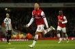 Šejkové nabídli za Arsenal miliardy, ale americký majitel o prodeji neuvažuje | sport.ihned.cz - Fotbal