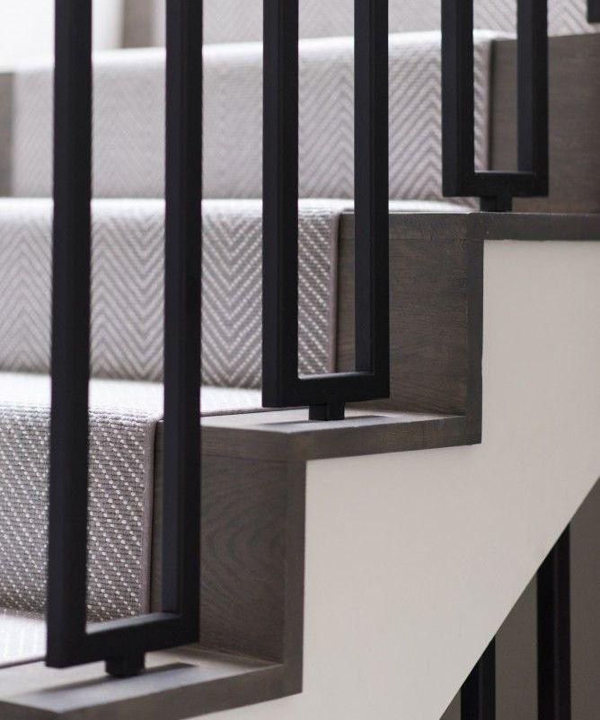 25 beste idee n over tapijt treden op pinterest hardhouten trap geschilderde houten trap en - Geschilderde houten trap ...