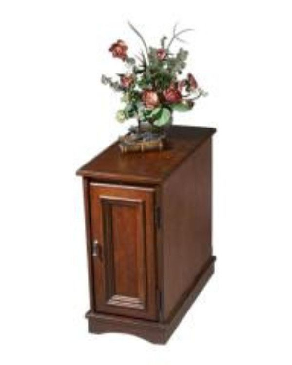 Butler Home Decor Chairside Chest Finish Type - Light Plantation Cherry