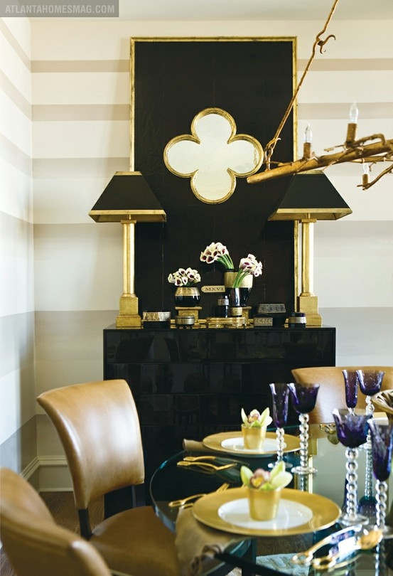 Ombre walls and a fabulous quatrefoil mirror yes please for Mirror please