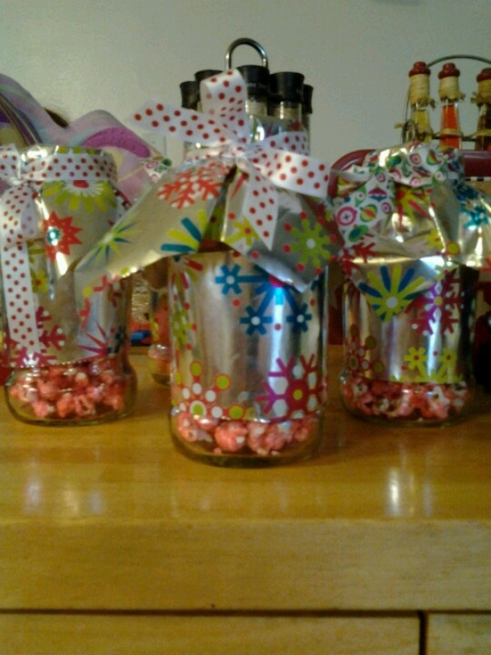 Christmas Decorations At Haskins : Cinnamon candy popcorn in recycled spaghetti jars and