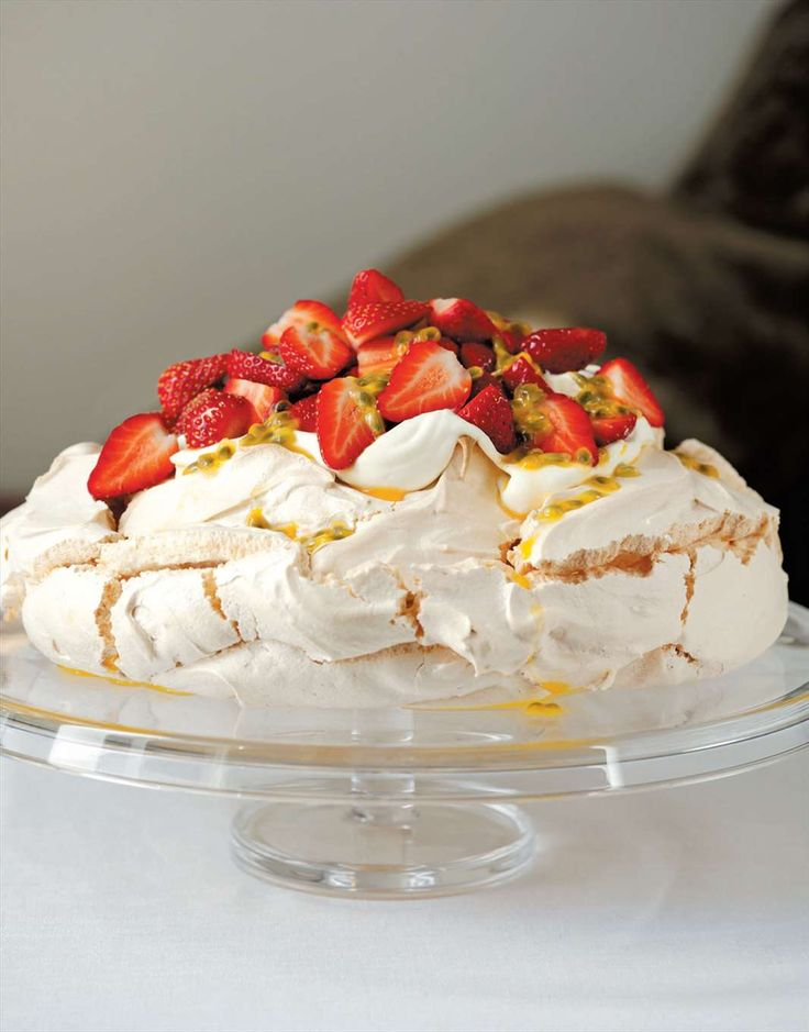 Pavlova by Margaret Fulton | Cooked