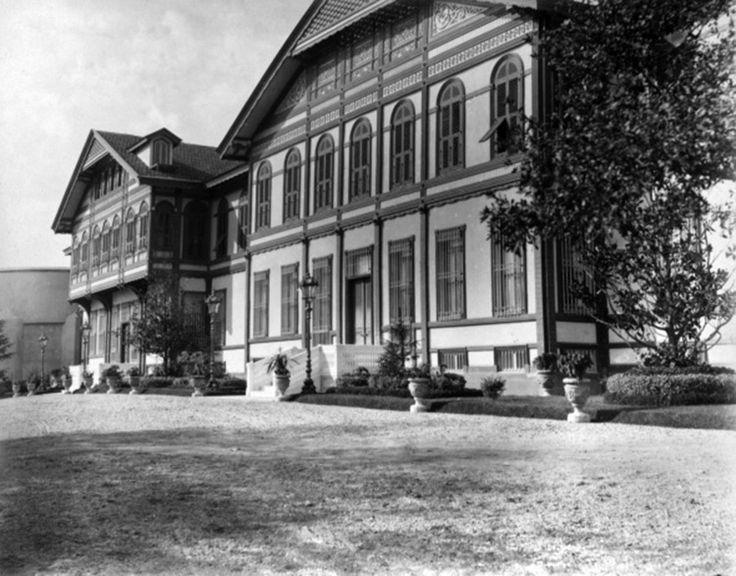 Yıldız Sarayı merasim dairesi