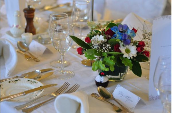 Small but gorgeous colorful table centerpiece