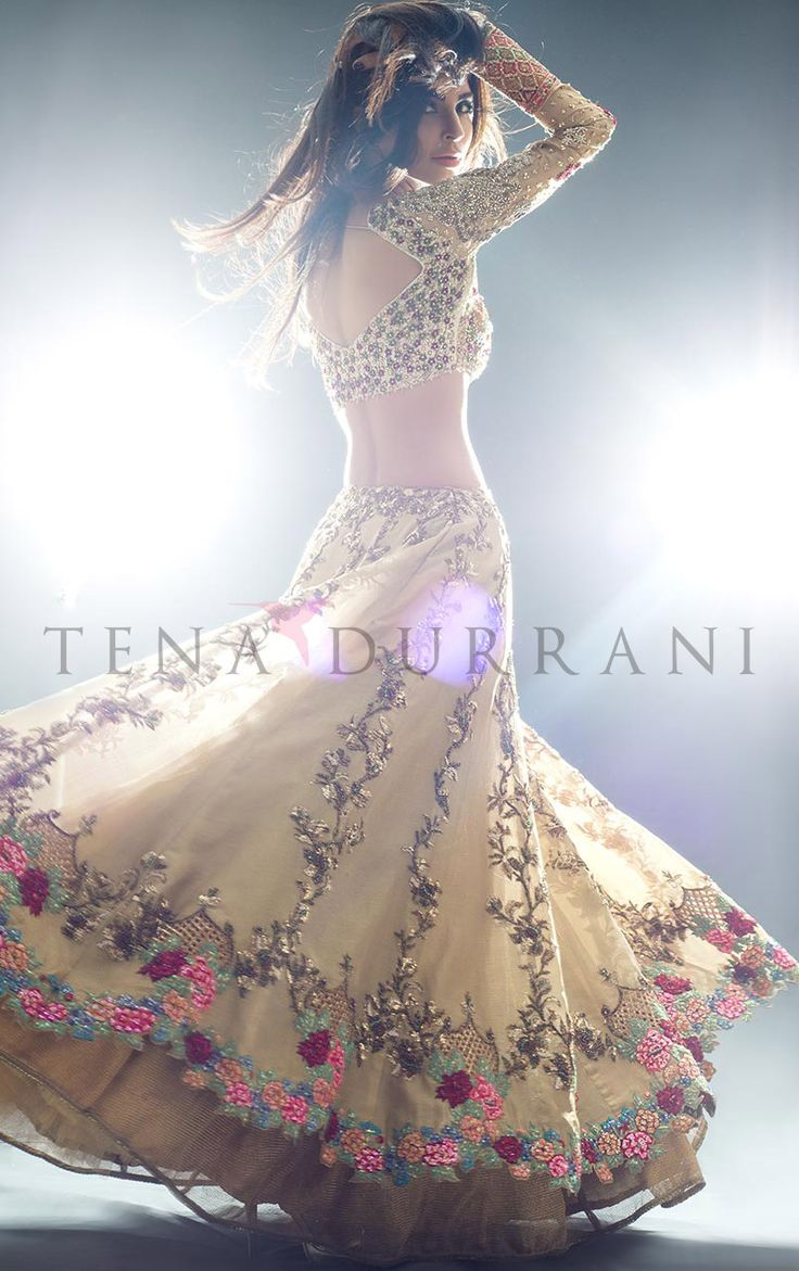 Amaryllis Gold (B44) Book an Appointment: www.tenadurrani.com/amaryllis-gold-2 For queries, orders and appointments inbox us, email at info@tenadurrani.com or contact +92 321 232 4600. #tenadurrani #designerwear #shopnow #Omorose #FPW15 #bridals #weddings #pakistaniweddings #brides #weddingwear #Swarovski #crystals
