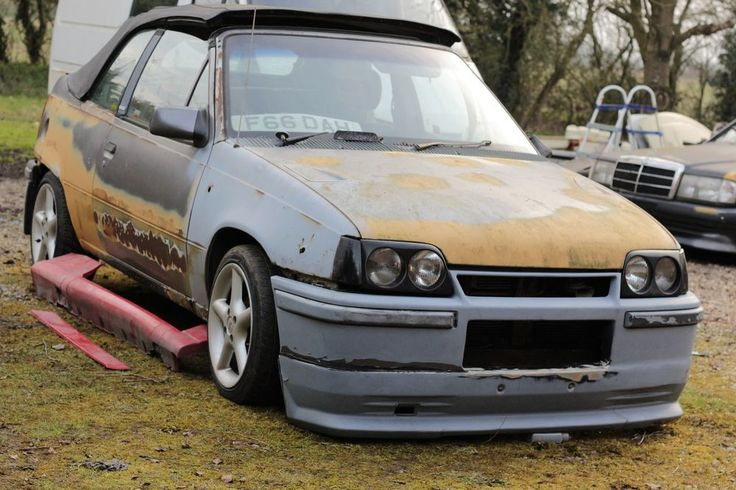 BREAKING  VAUXHALL ASTRA GTE 2.0 8V BERTONE BODYKIT TWIN LIGHTS ALLOYS T