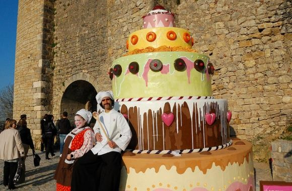 Popular Portuguese festivities to include in your honeymoon | Our Wedding in Portugal