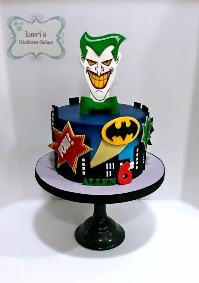 Jokers and Batman by Lori Mahoney (Lori's Custom Cakes)
