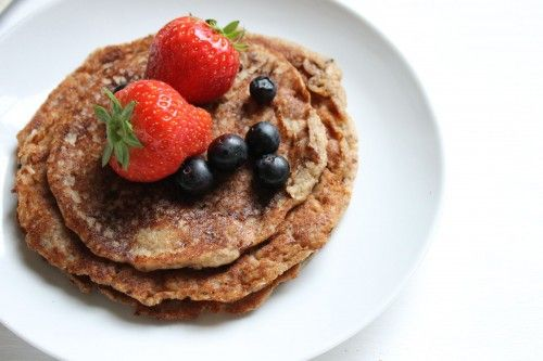 Don't miss out on Pancake Day with these totally gorgeous healthy gluten-free and refined sugar-free pancakes!