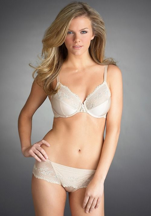 Brooklyn Decker  Brooklyn decker  Beautiful lingerie