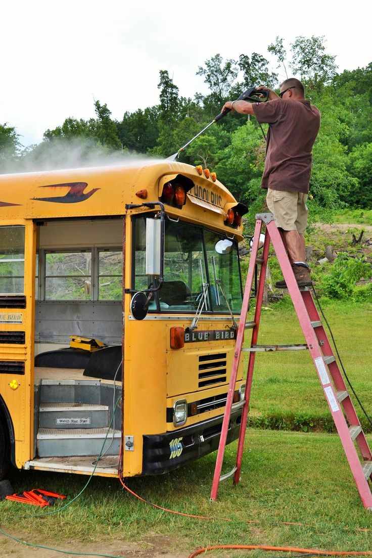 Before you start your school bus conversion project, it is always good to start with a clean bus. Once the seats are removed, it is time to remove all the debris left by the children who rode the bus. discoveringusbus.com