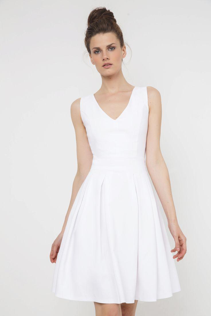 Αμάνικο φόρεμα με V στη λαιμόκοψη και κουφόπιετες