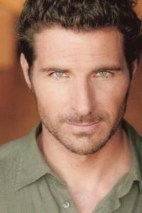 Oh yes, Ed Quinn. From Eureka as Nathan Stark. So tall and strong...yummy.