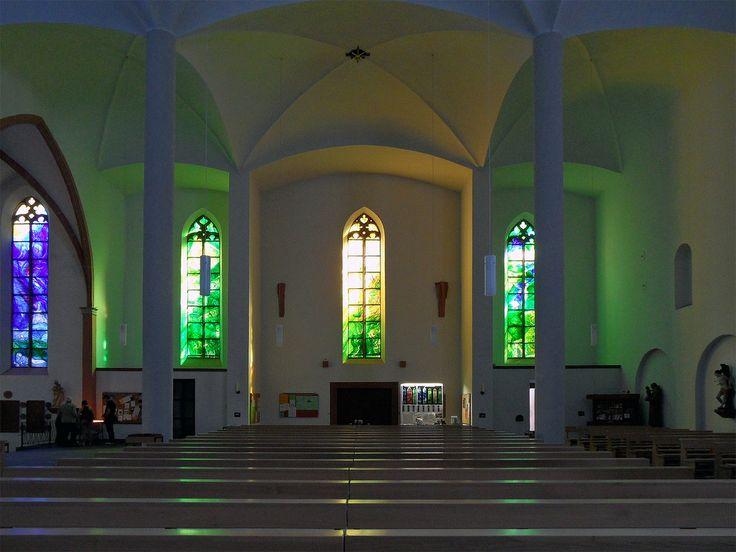 Die besten 25+ Moderne Kirchenfenster Ideen auf Pinterest - k chen schaffrath kevelaer