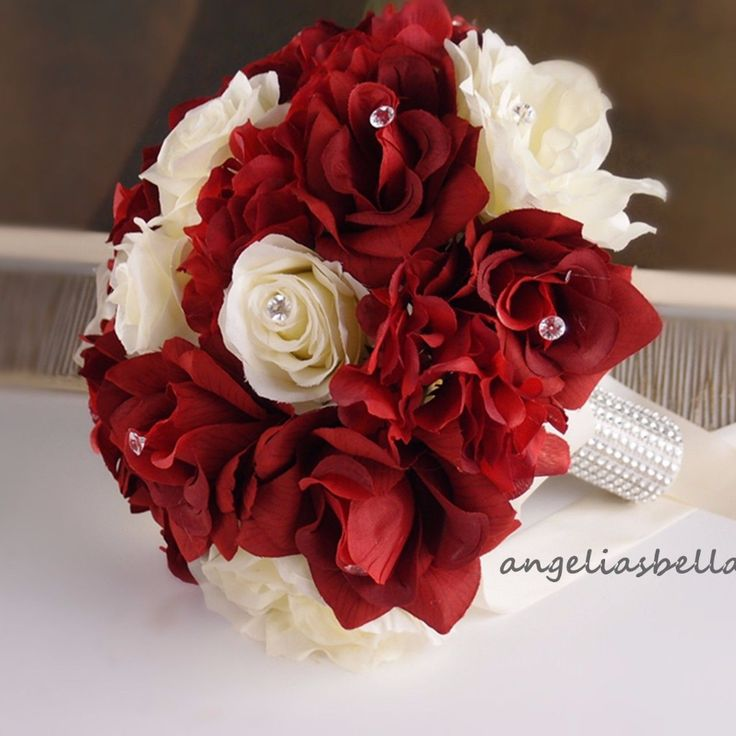 "10"" Bouquet-Apple Red & Ivory rose with hydrangea accents"