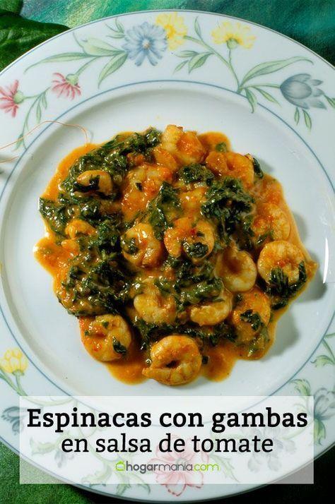 Receta de Karlos Arguiñano de espinacas con gambas en salsa de tomate y nata.
