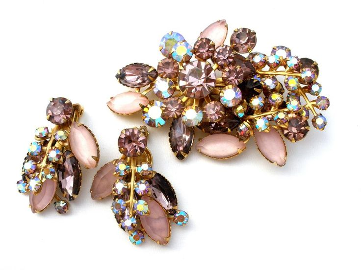 Vintage Costume Jewelry - This is a sparkly gold tone brooch and earring set with light pink and lavender purple aurora borealis rhinestones. This set is just beautiful, well made with rivoted setting