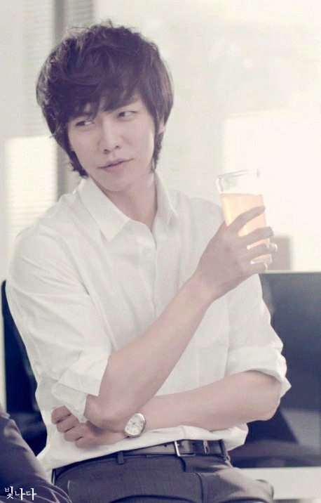 Lee Seung Gi - Berocca CF [May 2013]