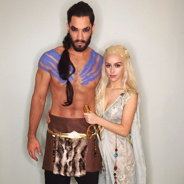 We had tooooooo Daenerys & Khal ❤️ I made Brett's costume #mymoonHappy Halloweeen!