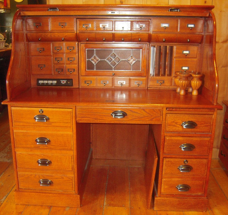 oak roll top desk with stained glass insert on at better than new in just north of florida - Rolltop Desk