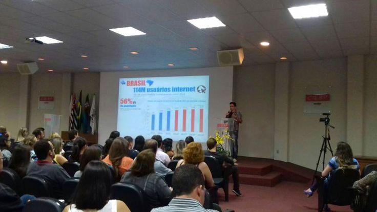 A palestra sobre Marketing Digital e Redes Sociais ministrada por Alex Rosa na noite da última quarta feira (30), lotou o auditório do CIESP Jundiaí onde estiveram presentes mais de 200 pessoas.
