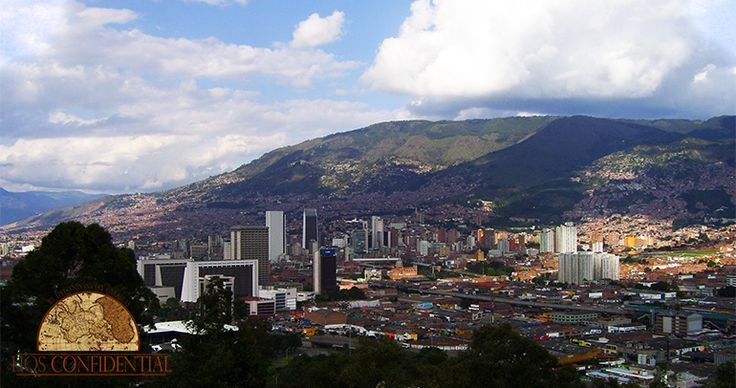 The City of the Eternal Spring, City of the Mountain, City of Flowers... Medellín 🇨🇴  is all of this and more.   #medellin #colombia #affordable #goodlife