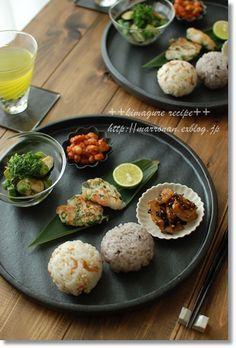Japanese food / きんぴら、お浸し、大豆の煮もの、おにぎり