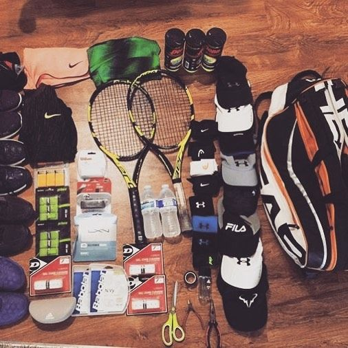 Thanks to the best tennis couple!😍 @bluepenguin336 sends us his #tennisgear as well! LOL @amiami232324 travels to court lighter😁 #bagcheckthursday #bagcheckers #bagcheck #tennisbag #tennisequipment #tennisracket #tennisballs #tennisshoes #HEAD #etennisleaguenation #etennisleague