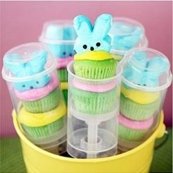 push pop cupcakes!: Cakes Pop, Push Pop Cupcakes, Push Up Pop, Easter Cupcakes, Cakes Push Pop, Easter Treats, Minis Cupcakes, Pushpop, Easter Ideas