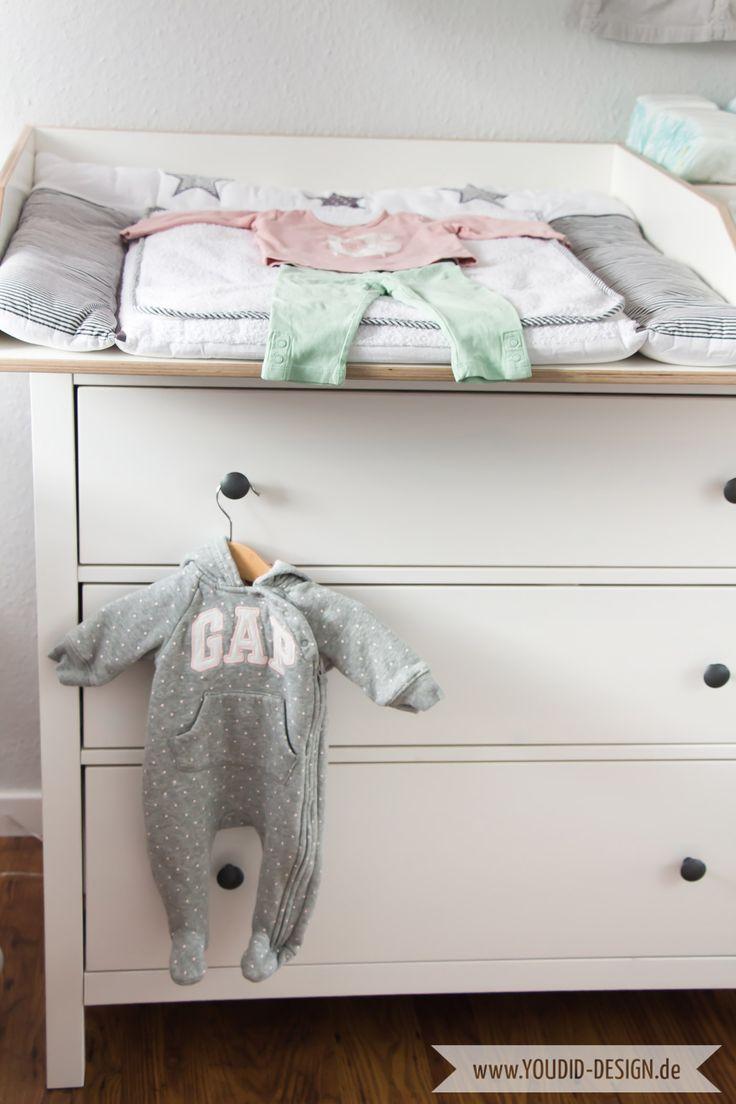 Inspiration for a scandinavian nursery - Inspirationen für ein skandinavisches Kinderzimmer in mint blush IKEA Hack Wickelaufsatz für die IKEA Hemnes Kommode interior scandi nordic  style | www.youdid-design.de