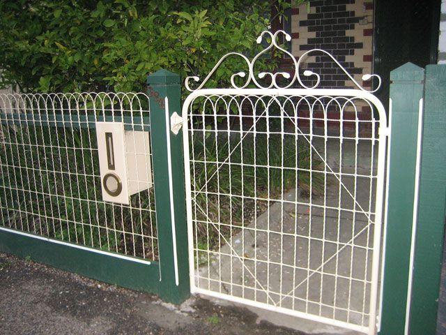 Chinese Supplier Ornamental Woven Wire Fencing Fencing