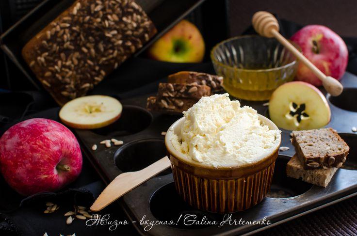 Крем-сыр – свой, правильный. Буко (и другие) http://www.zhizn-vkusnaja.com.ua/2015/11/krem-syr-buko-recept.html