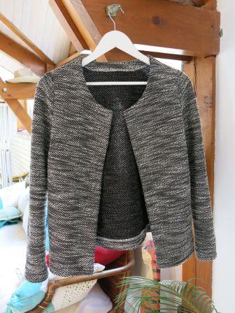 Patron en PDF à 3 € !... Gilet Monceau B&W patron cozy little word tissu Mondial tissus