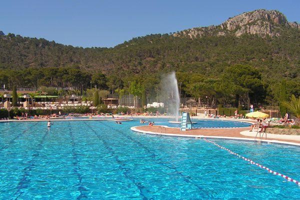 Réservez votre séjour au Castell Montgri pour passer de belles vacances en Espagne ! Plus d'infos : https://www.tohapi.fr/costa-brava/camping-castell-montgri.php #tohapi #camping #vacances #espagne #costabrava #castellmontgri