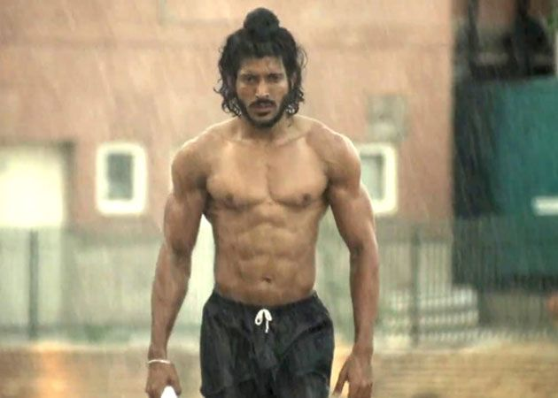 Movie review: Bhaag Milkha Bhaag - Two and a half stars http://movies.ndtv.com/movie-reviews/bhaag-milkha-bhaag-movie-review-839