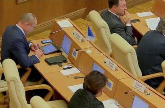 Настоящий «Юлий Цезарь» от «Единой России» взорвал Интернет (ВИДЕО) http://vashgolos.net/readnews.php?id=74642