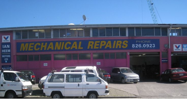 FREE WOF WITH EVERY FULL SERVICE. #Mechanic Green Bay,#Car Repairs Titirangi. http://tinyurl.com/l5y67oz