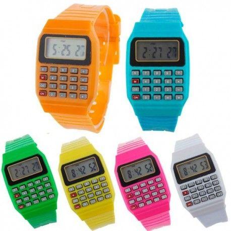 Reloj digital y calculadora. Detalle comunión. Estos relojes son detalles perfectos para regalar en las comuniones.