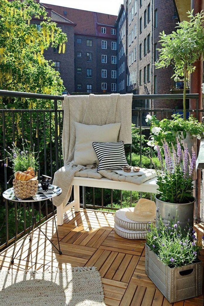 une jolie terrasse avec belle vue, meubles pour la terrasse moderne avec belle vue