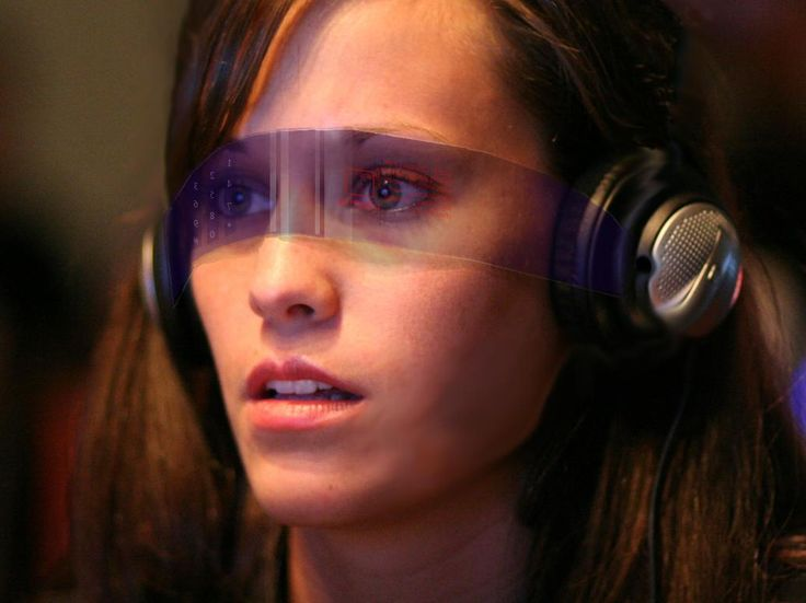 (newlearningtimes, Brian Sweeting, 2015) cool visor concept that has ar reading tech