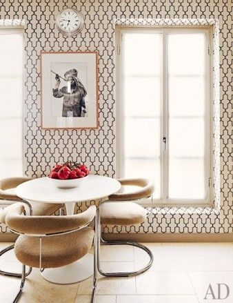 Great wallpaper with a wacky framed print.    #DanCamacho.com #Design