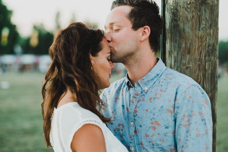 Martin kissing Lisa #taralillyphotography