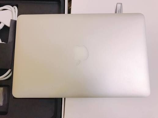"""Bán Macbook Air MD711BZP/B (2014) / 11"""" / Core i5 / Ram 4GB / SSD 128GB / Mới 99%"""