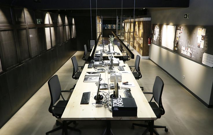 Sala operativa de Led BCN /  Operating room Led BCN